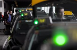Taxis en el aeropuerto de EL PRAT