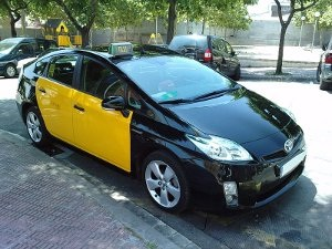 Territori i Sostenibilitat convoca una primera línia d'ajuts per fomentar la compra de taxis de baixes emissions a l'àrea de Barcelona