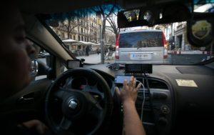 A la caza del taxista ilegal