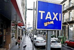 Holanda registra la sede de Uber en Amsterdam tras declararla ilegal